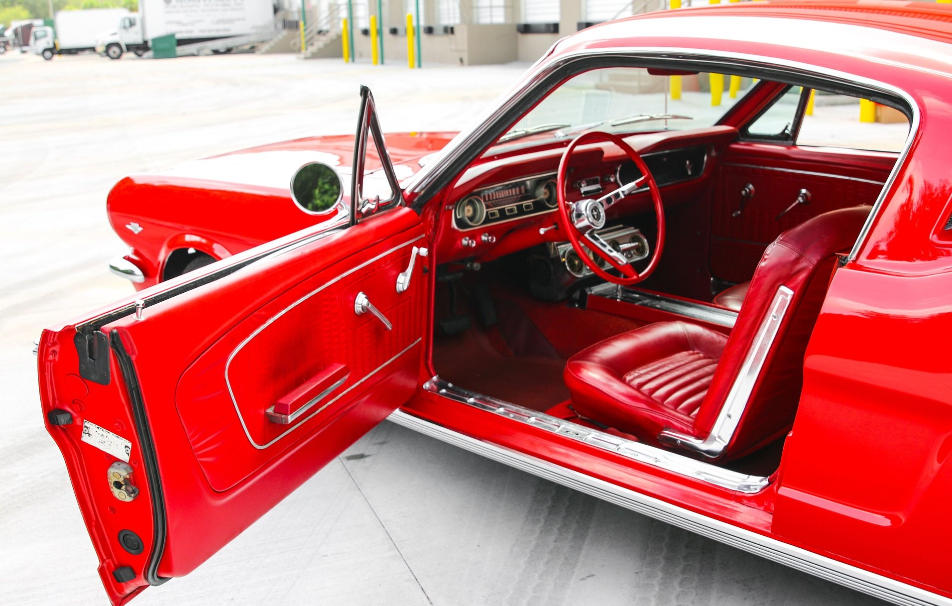 Mustang Fastback 289ci V8 Code C automatique 196550 102 €