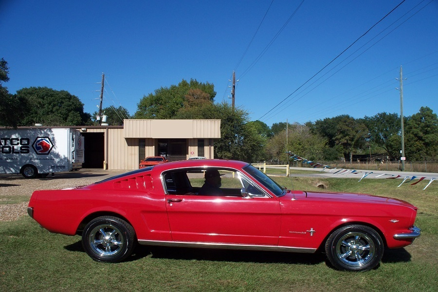 Mustang Fastback 289 ci V8 Code C Automatique 196636 840 €
