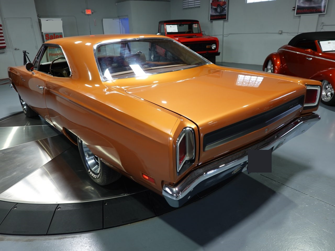 Road Runner 383 ci V8 Manuelle 196949 679 €