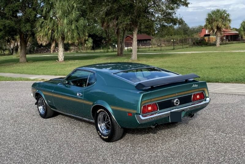 Mustang Fastback Sports Roof 351 ci V8 Automatique 197235 897 €